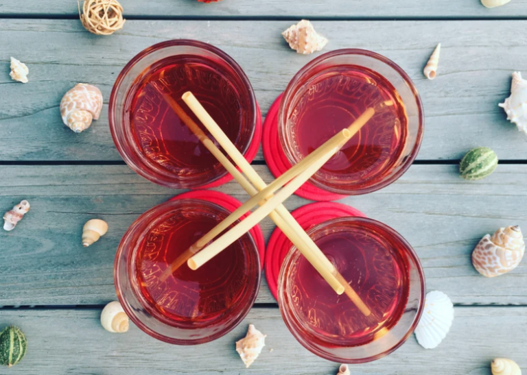 Wheat Straws innovates for the inflight beverage service with straws straight from the farm
